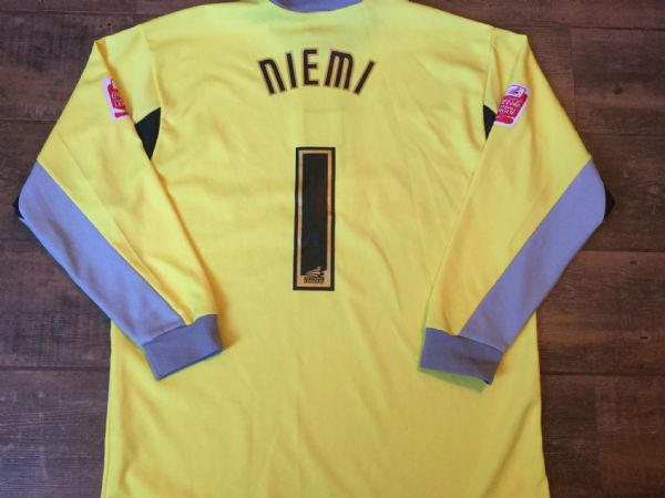 2004 2005 Southampton Niemi Goalkeeper GK Football Shirt Adults Large